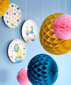 Honeycomb set 'circus', vloeipapieren ballen Engel. enkelpunt -wonderzolder.nl