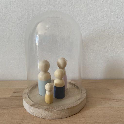 small stolp, small size stolp, glazen stolp met houten poppetjes, wonderzolder.nl