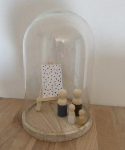 large stolp met houten poppetjes, glazen stolp, wonderzolder.nl