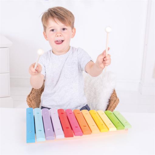 Gekleurde xylofoon bigjigs, muziek maken, regenboog xylofoon, snazzy xylophone, wonderzolder.nl